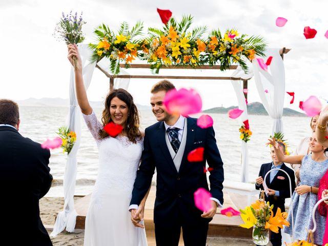 La boda de Marta y Ivan en La Manga Del Mar Menor, Murcia 162