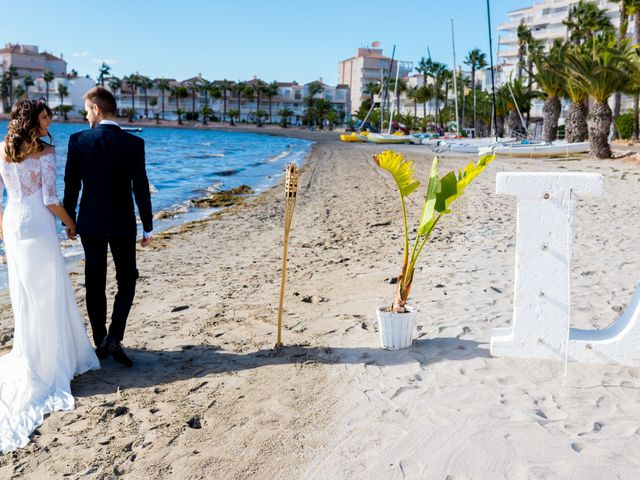 La boda de Marta y Ivan en La Manga Del Mar Menor, Murcia 207