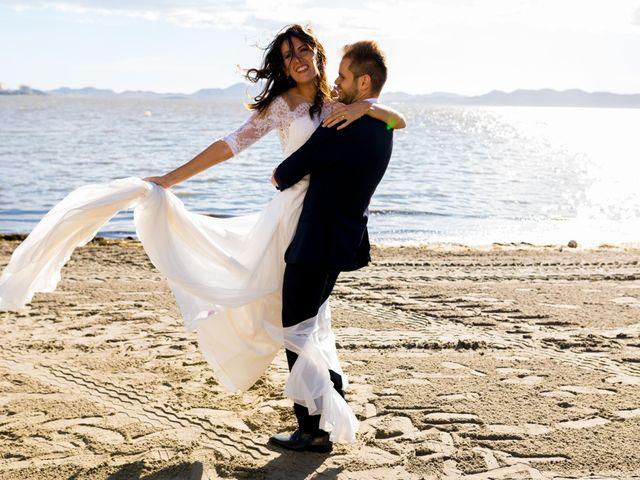 La boda de Marta y Ivan en La Manga Del Mar Menor, Murcia 225