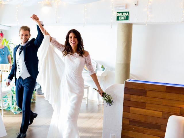 La boda de Marta y Ivan en La Manga Del Mar Menor, Murcia 235