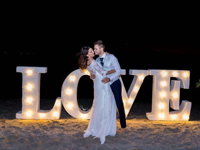 La boda de Marta y Ivan en La Manga Del Mar Menor, Murcia 311