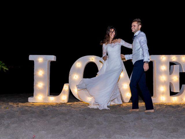 La boda de Marta y Ivan en La Manga Del Mar Menor, Murcia 315