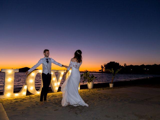 La boda de Marta y Ivan en La Manga Del Mar Menor, Murcia 343