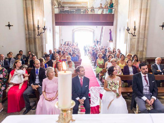 La boda de Pablo y Tatiana  en Noia, A Coruña 45