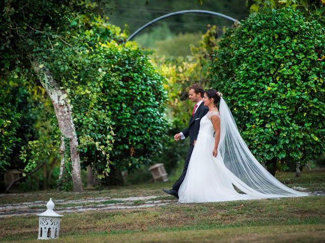 La boda de Pablo y Tatiana  en Noia, A Coruña 69
