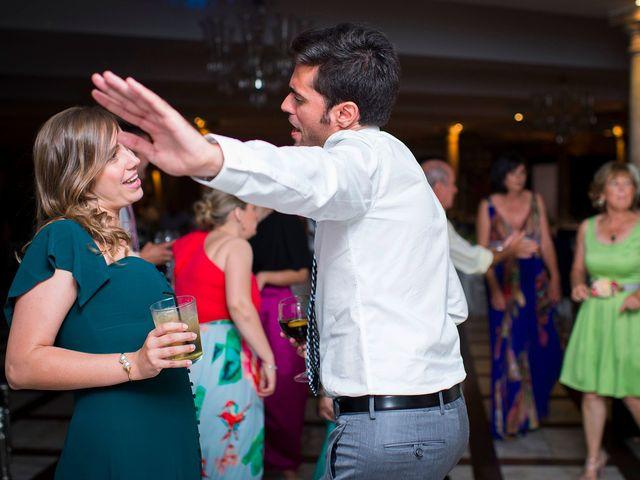 La boda de Pablo y Tatiana  en Noia, A Coruña 98