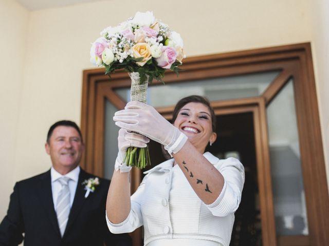 La boda de Xuso y Sara en Valencia, Valencia 15
