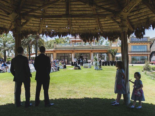 La boda de Xuso y Sara en Valencia, Valencia 37
