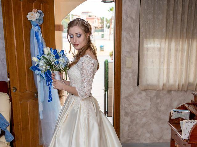 La boda de Vanessa y Robin en La Zenia, Alicante 7