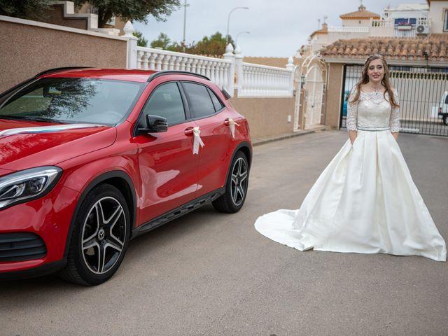 La boda de Vanessa y Robin en La Zenia, Alicante 9