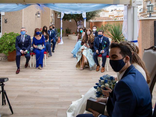 La boda de Vanessa y Robin en La Zenia, Alicante 1