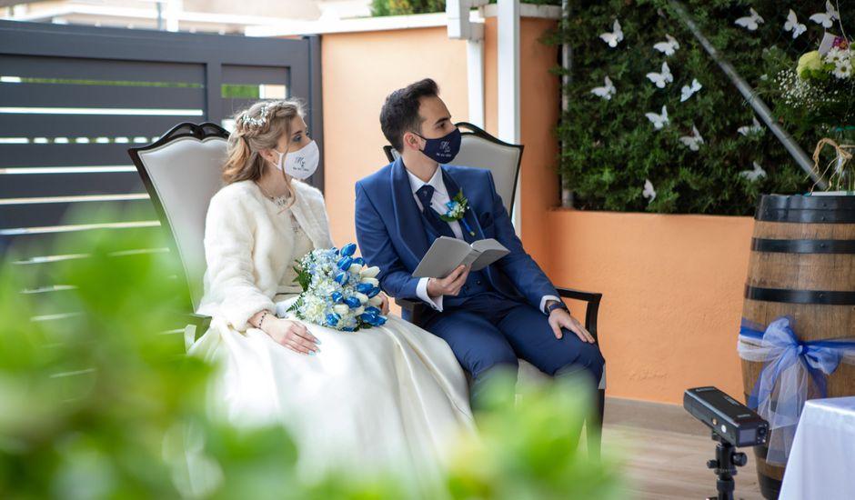 La boda de Vanessa y Robin en La Zenia, Alicante
