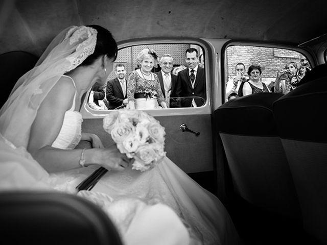 La boda de Juan y María en Cuarte De Huerva, Zaragoza 27