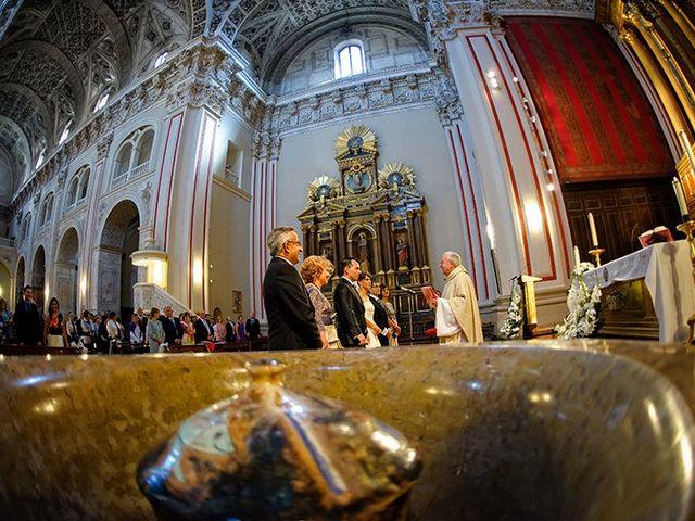 La boda de Juan y María en Cuarte De Huerva, Zaragoza 35