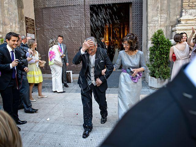 La boda de Juan y María en Cuarte De Huerva, Zaragoza 45