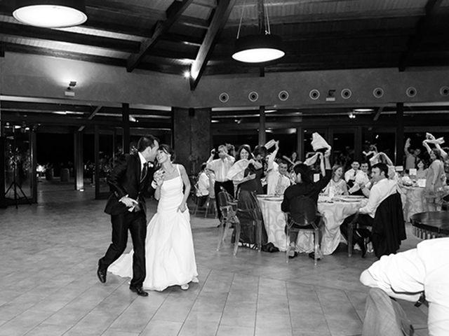 La boda de Juan y María en Cuarte De Huerva, Zaragoza 73