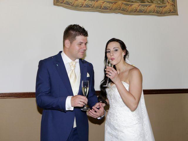 La boda de Jose Antonio y Laura en Sevilla, Sevilla 26