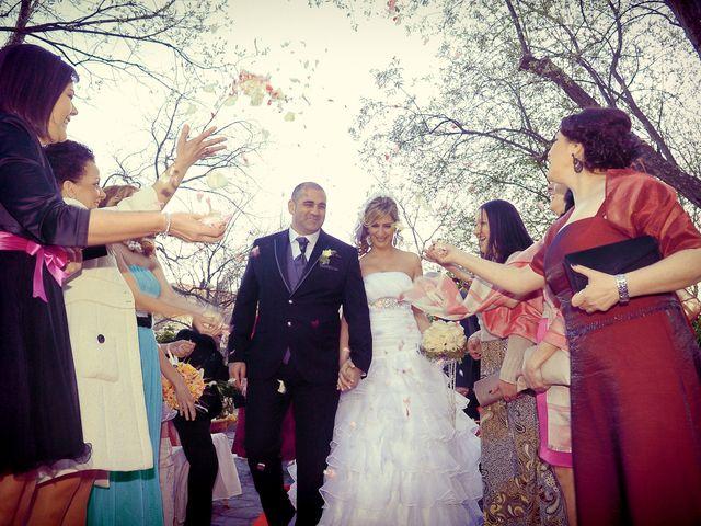La boda de Nano y Soraya en Valdastillas, Cáceres 16