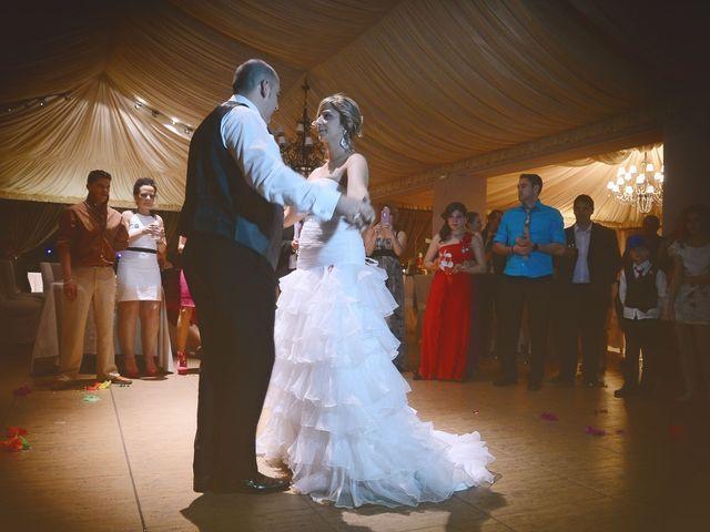 La boda de Nano y Soraya en Valdastillas, Cáceres 19