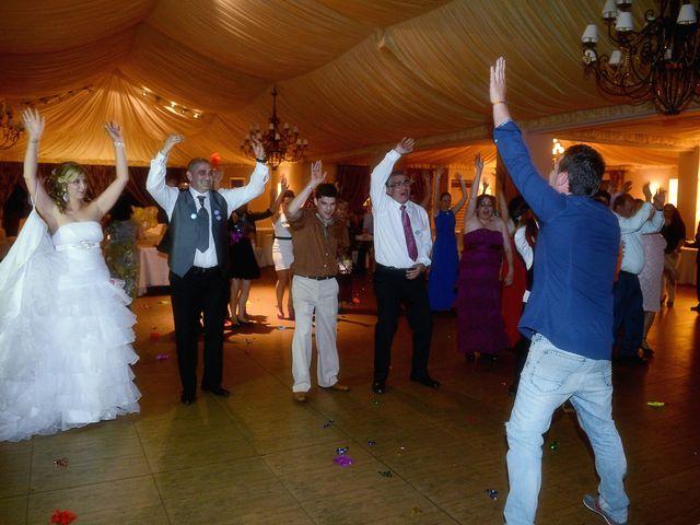 La boda de Nano y Soraya en Valdastillas, Cáceres 20