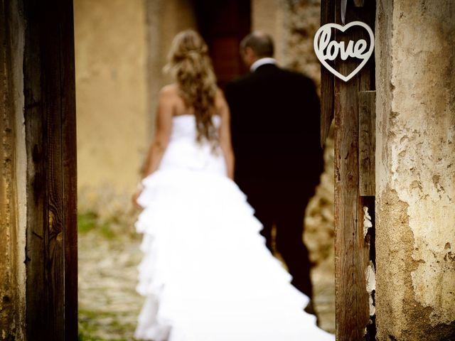 La boda de Nano y Soraya en Valdastillas, Cáceres 23