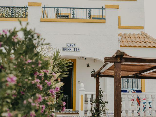 La boda de Eion y Chiara en San Miguel De Salinas, Alicante 3