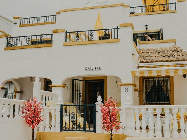 La boda de Eion y Chiara en San Miguel De Salinas, Alicante 17