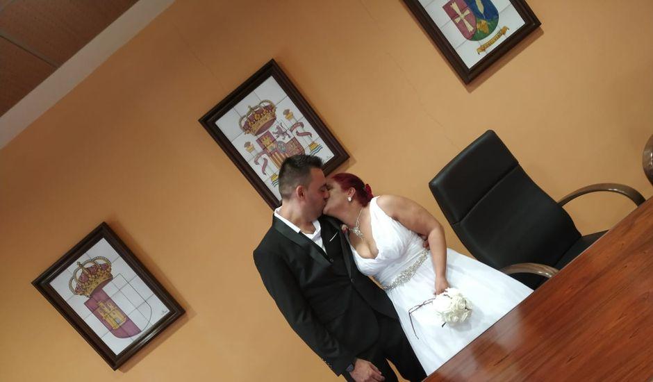 La boda de Genesis y Veronica en Esquivias, Toledo