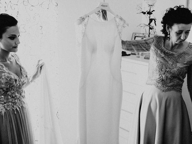La boda de Miguel y Mercedes en Coria, Cáceres 15