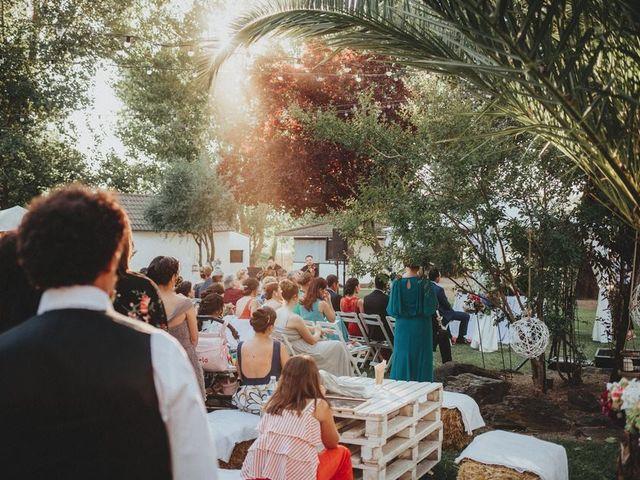 La boda de Miguel y Mercedes en Coria, Cáceres 35