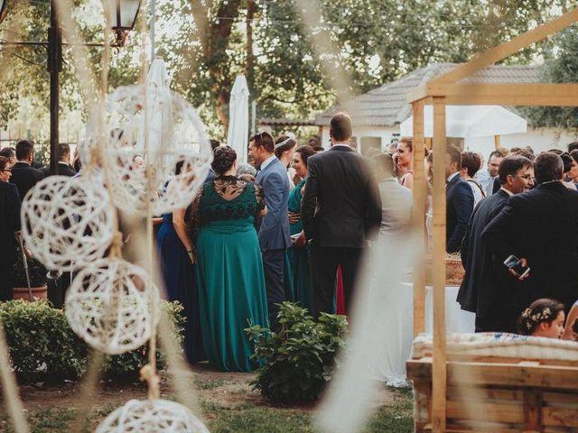 La boda de Miguel y Mercedes en Coria, Cáceres 49