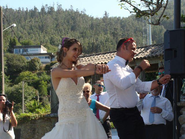 La boda de Jose y Raquel en Pontevedra, Pontevedra 17