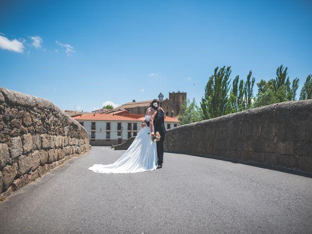 La boda de Javier y Mariana en Barco De Avila, Ávila 57