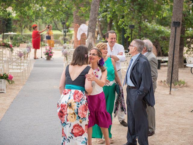 La boda de Alex y Carol en Valencia, Valencia 31