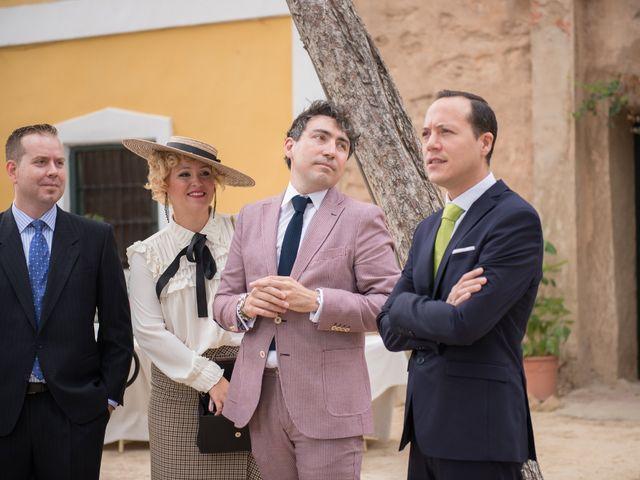 La boda de Alex y Carol en Valencia, Valencia 32