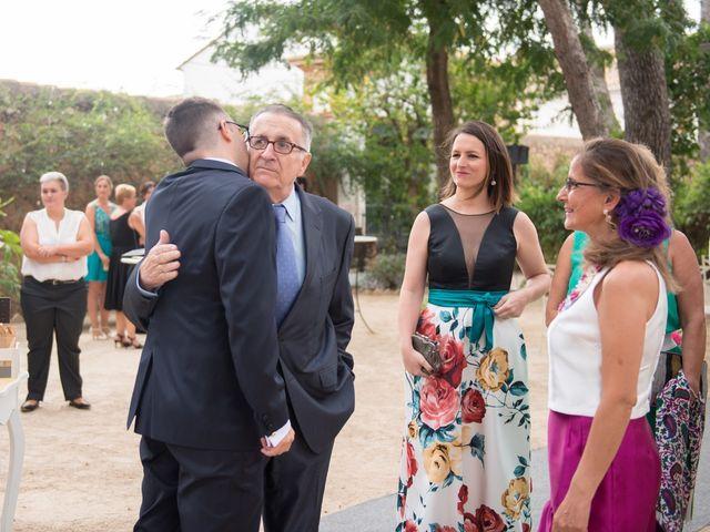 La boda de Alex y Carol en Valencia, Valencia 35
