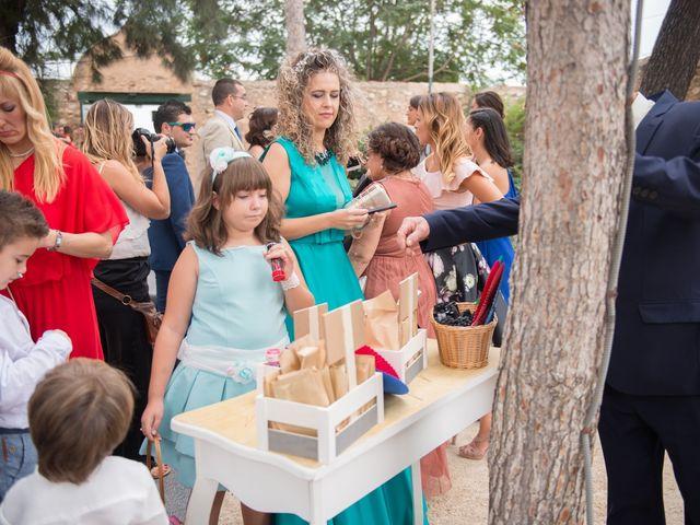 La boda de Alex y Carol en Valencia, Valencia 42