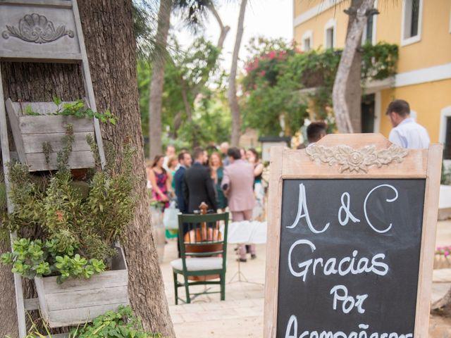 La boda de Alex y Carol en Valencia, Valencia 43