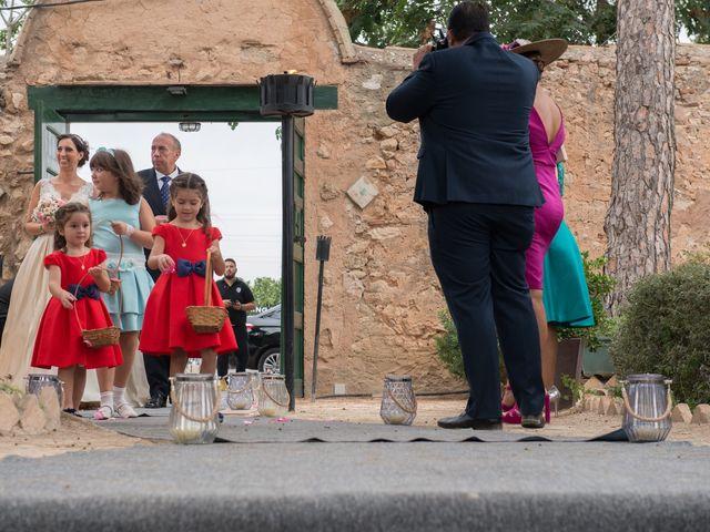 La boda de Alex y Carol en Valencia, Valencia 45