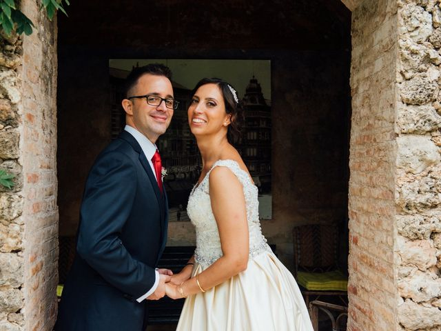 La boda de Alex y Carol en Valencia, Valencia 67