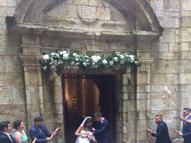 La boda de Lorena y Jacobo en Oleiros, A Coruña 5