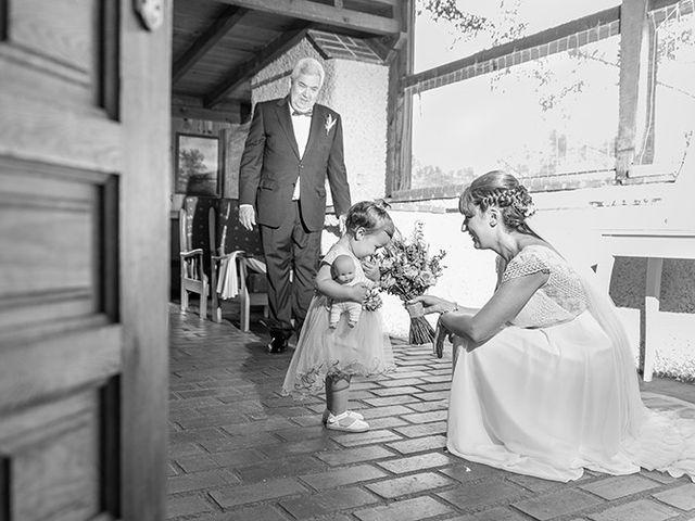 La boda de Daniel y Sandra en Navaluenga, Ávila 40