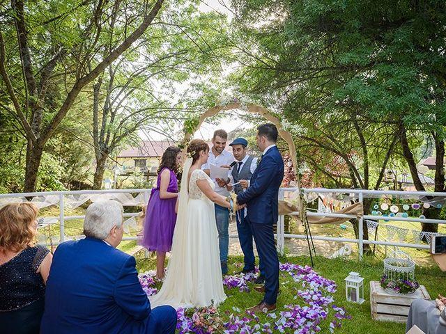 La boda de Daniel y Sandra en Navaluenga, Ávila 61