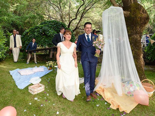La boda de Daniel y Sandra en Navaluenga, Ávila 73