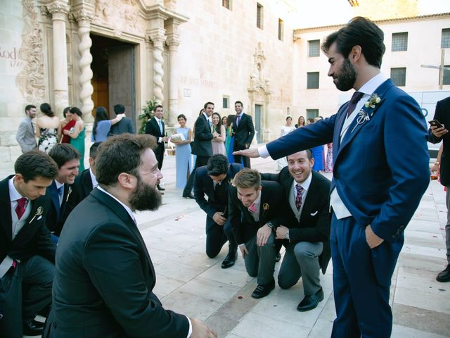 La boda de Juanjo y Bárbara en Alacant/alicante, Alicante 35