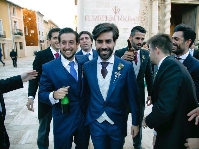 La boda de Juanjo y Bárbara en Alacant/alicante, Alicante 36