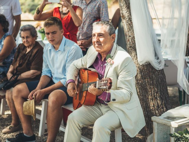 La boda de Mathieu y Aida en L' Ampolla, Tarragona 87