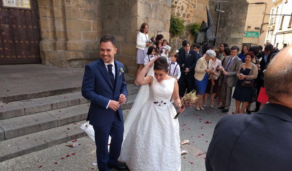 La boda de Ismael y Guadalupe en Cáceres, Cáceres