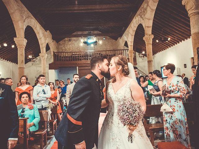La boda de José y Rosalía en El Puente Del Arzobispo, Toledo 33