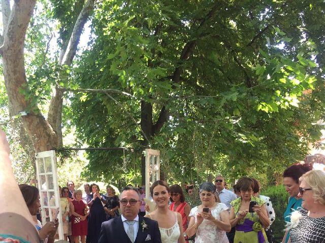 La boda de Txomin y Iosune en Marcilla, Navarra 5